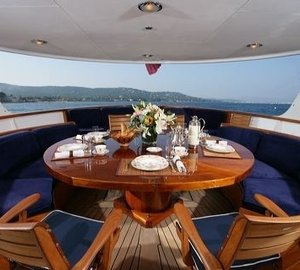External Eating/dining Aboard Yacht SECRET LIFE