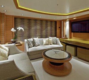 Screening: Yacht MIA RAMA's Main Master Cabin Photograph
