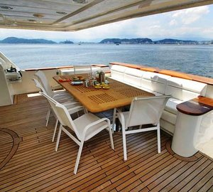 Eagles Nest -  Aft deck dining