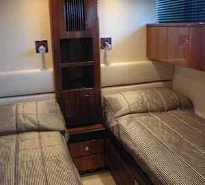 Motor yacht D5 -  Twin Cabin