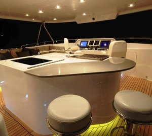 VIVIERAE yacht - exCaryAli -  Flybridge