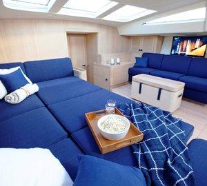 Yacht PTARMIGAN -  Main Salon Lounge