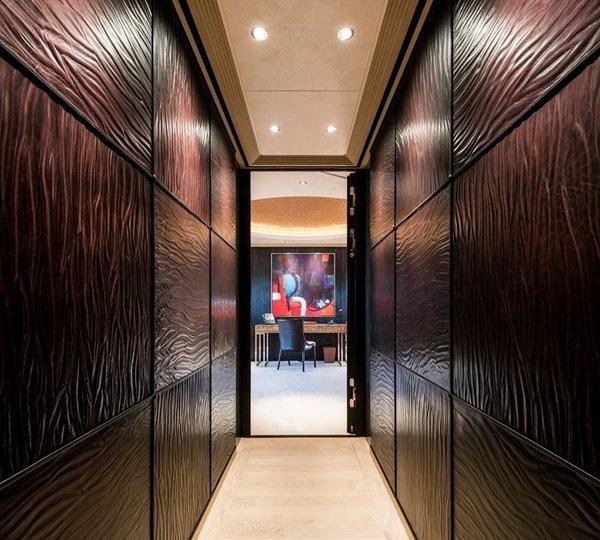 Foyer Luxury Yacht : Foyer image gallery guest from salon