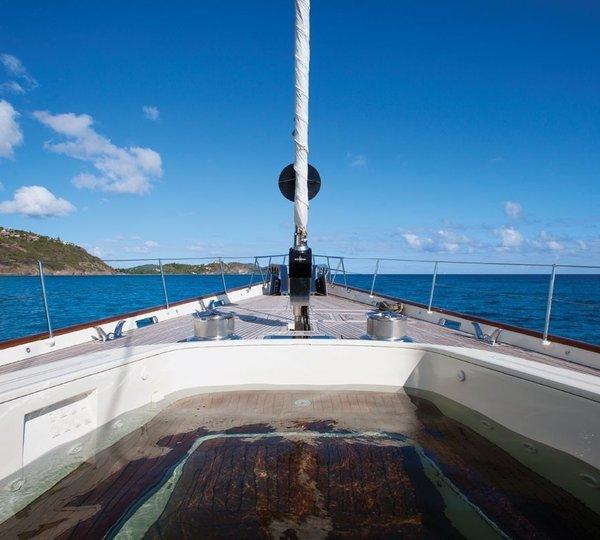 Tiara Yacht Charter Details Alloy Yachts Charterworld