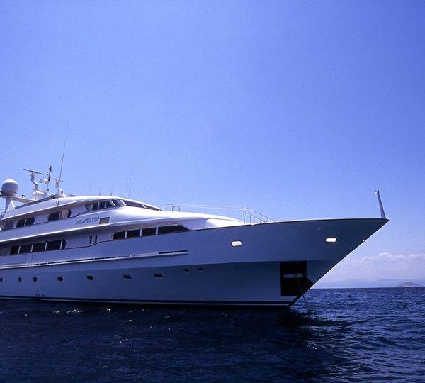 Photo Gallery  YachtNews