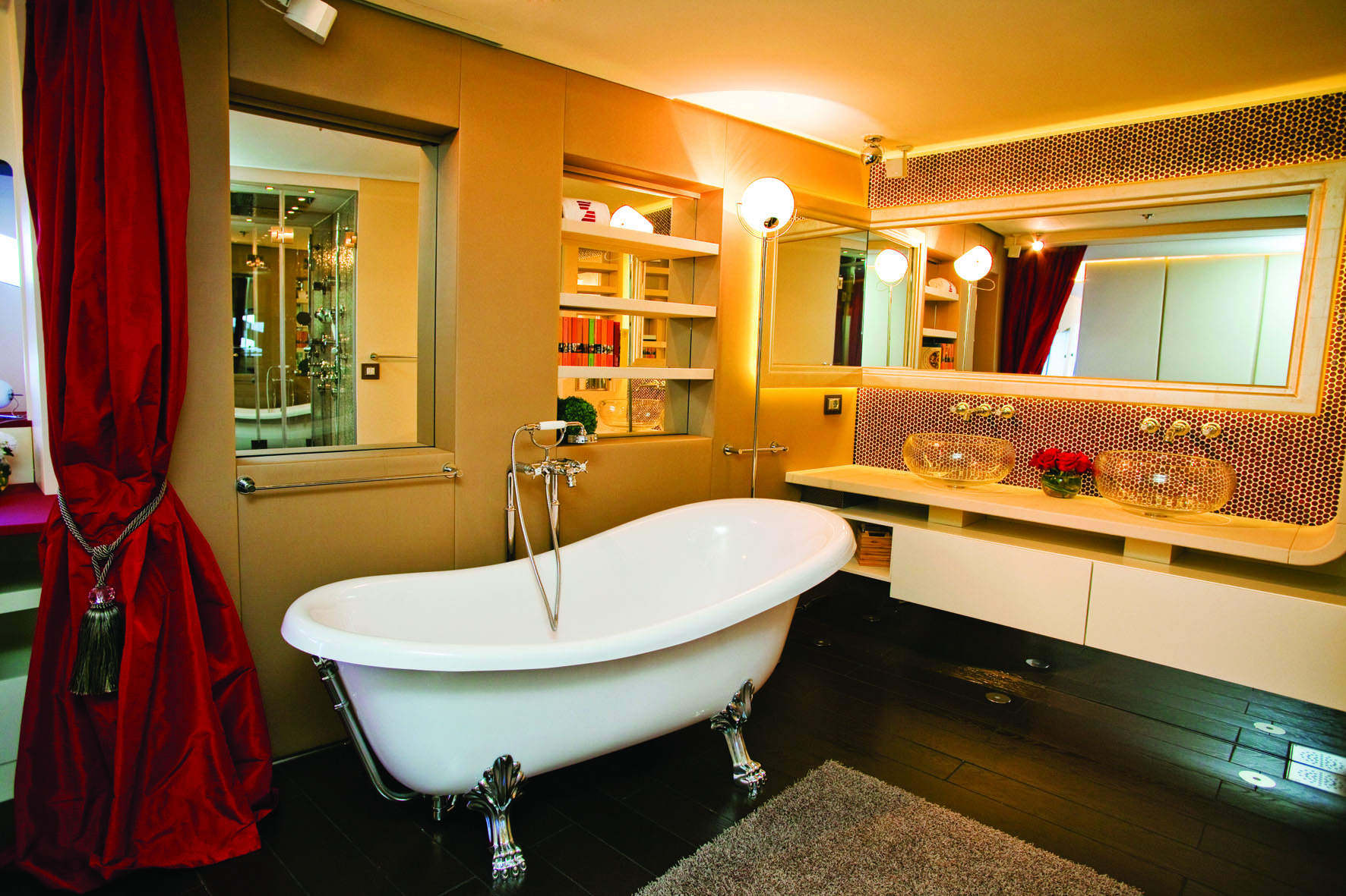 Master Bathroom Image Gallery - Luxury Yacht Browser | by ...