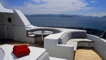 Yacht TRITON Flybridge Forward - Image by Delta Marine