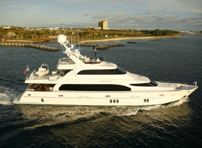 Yacht ADRIANA III The Horizon 110 - Image by Horizon Yachts
