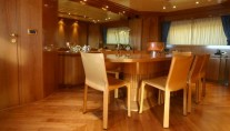 Yacht ALHENA Interior - Image by Admiral Yachts CNL
