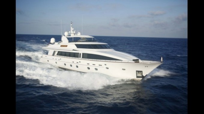 Motor yacht Aspen Alternative