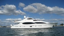 Motor yacht Bella Contessa - Photo Credit Bella Contessa