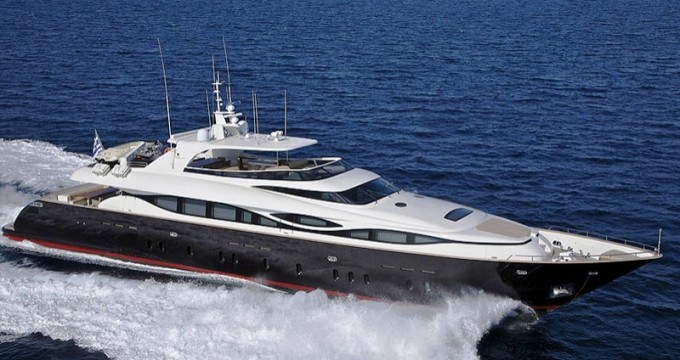 MAIORA 38 DP - Photo Credit Fipa Italiana Yachts