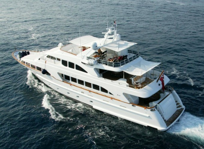 Follow Me 4 - Photo Courtesy of M/Y Follow Me 4