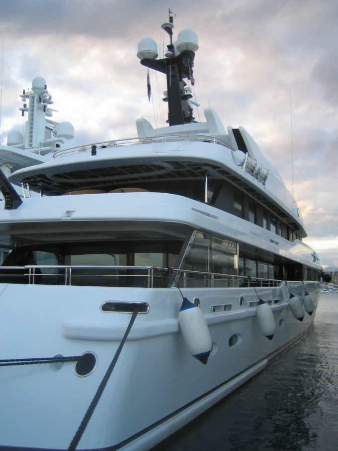 Yacht GU - Image Courtesy of Wikipedia