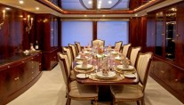 Yacht NOBLE HOUSE dining - Image by Sensation Yachts