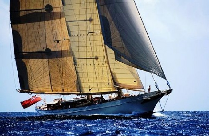 LETHANTIA - Photo by Royal Huisman