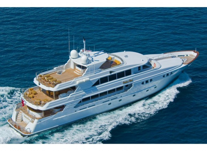 Yacht PRINCESS SARAH - Image Courtesy of Richmond Yachts-680