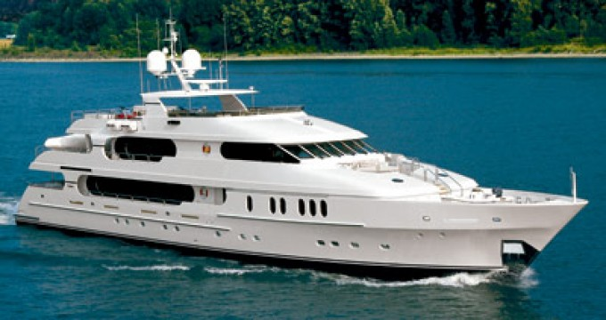 Yacht PRIVACY-680