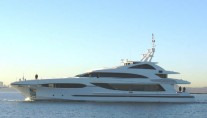 Yacht MARATANI X Underway - Image by Sensation Yachts