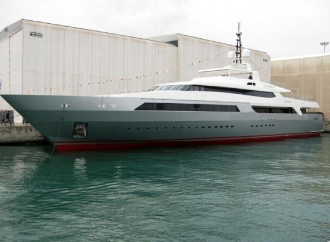 Motor Yacht VICKY - Photo courtesy of Baglietto