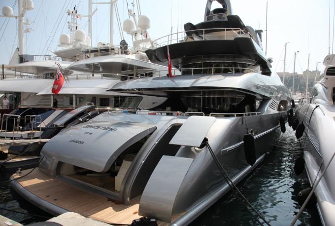 The 40 2m Mondomarine Motor Yacht Streamline