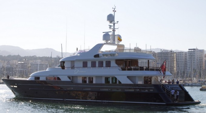 Luxury Yacht PARAMOUR