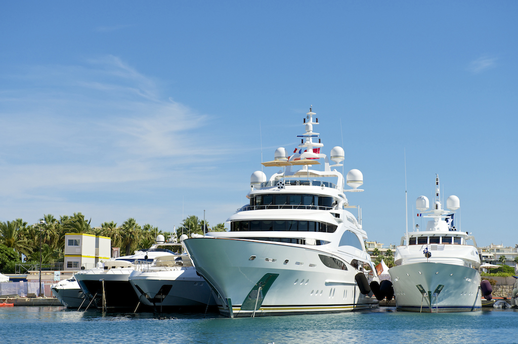 Cannes Yachting Festival - Credit to Festival de la Plaisance de Cannes