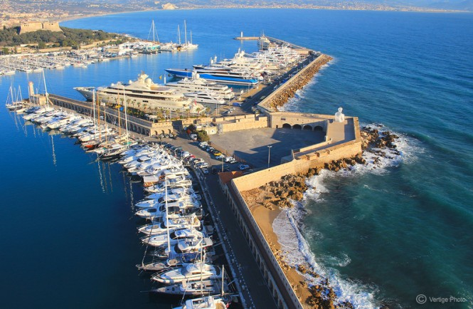 Port Vauban – a beautiful Antibes yacht charter destination – Photo credit to Vertige Photo