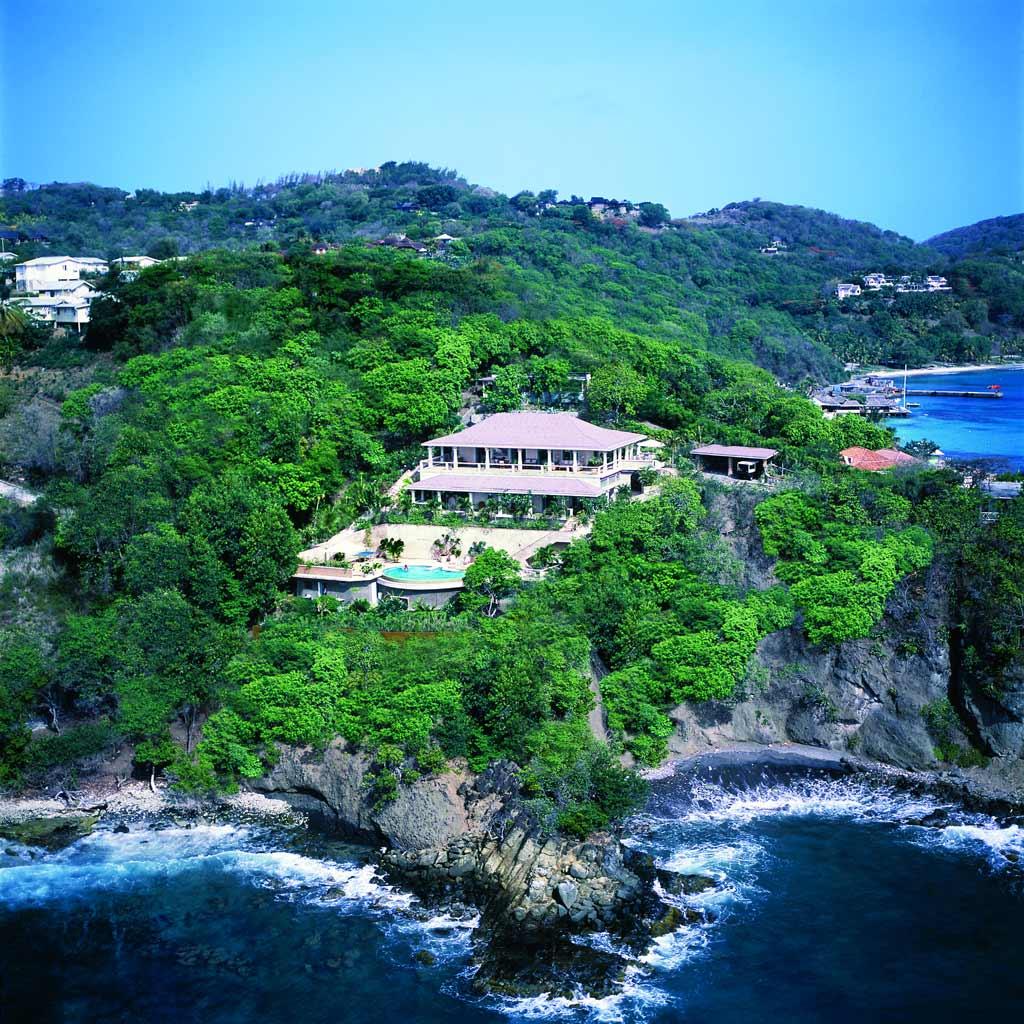 Luxury properties in Mustique