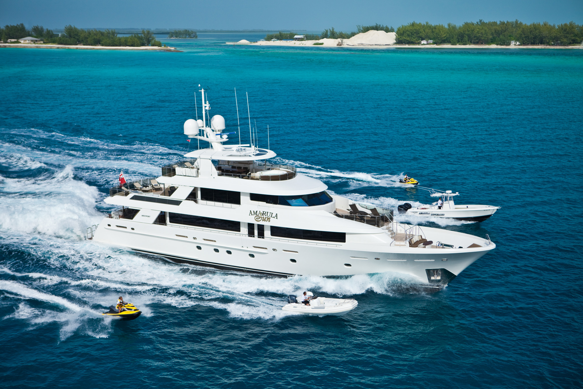 Yacht AMARULA SUN in the Bahamas
