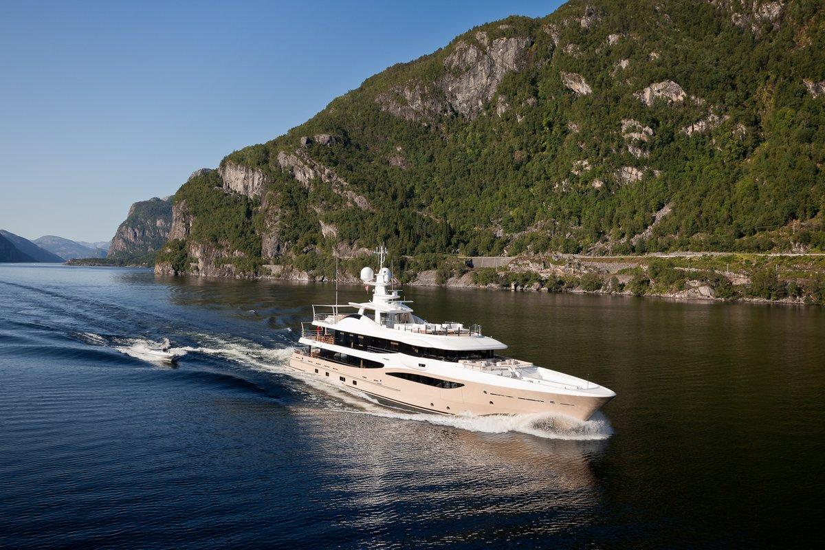 lili yacht charter details amels 180 charterworld. Black Bedroom Furniture Sets. Home Design Ideas