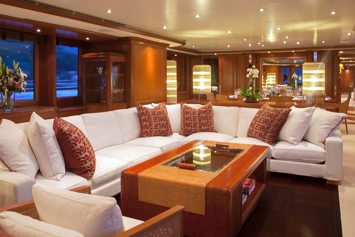 Jo yacht charter details benetti charterworld luxury for Salon lounge