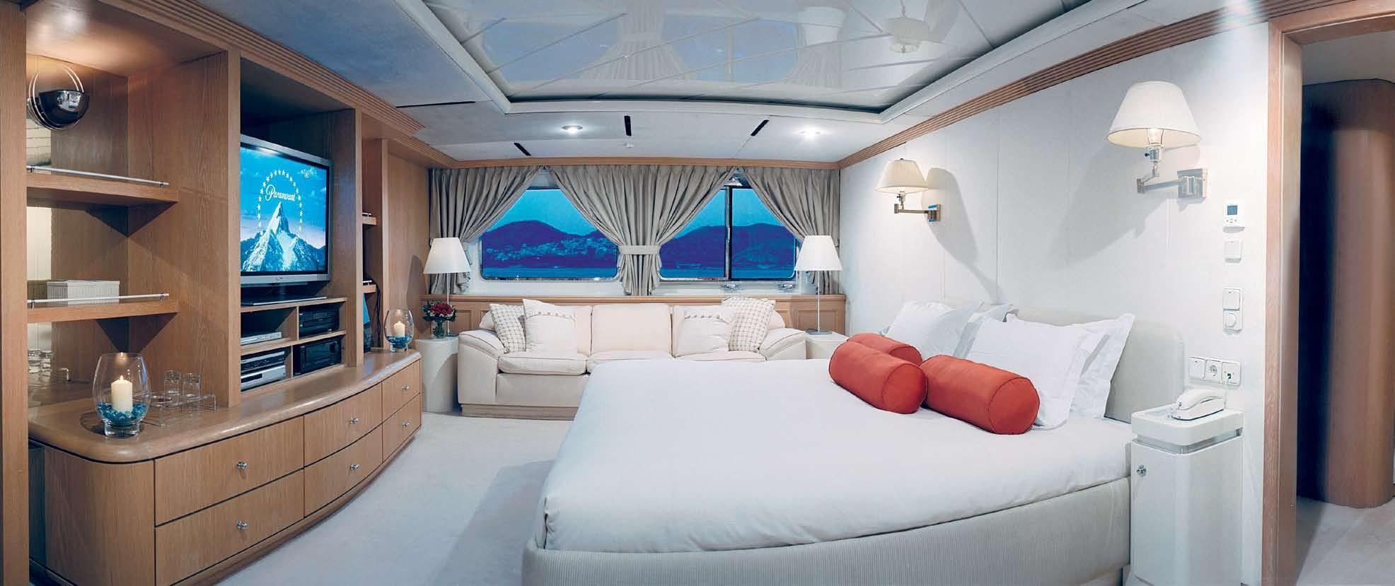 VIP Cabin On Board Yacht MAGNA GRECIA