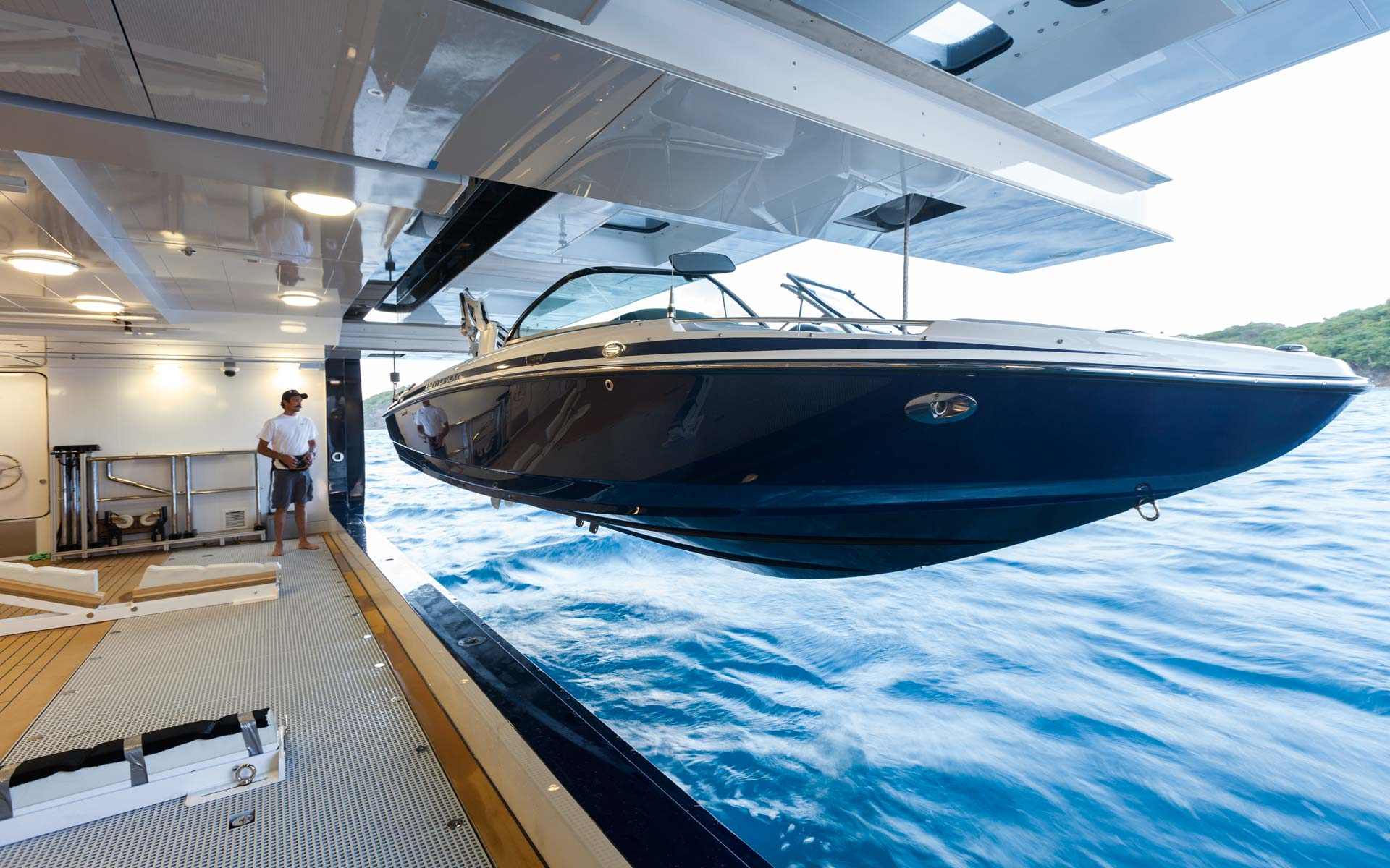 Tender Image Gallery – Luxury Yacht Browser | by ...
