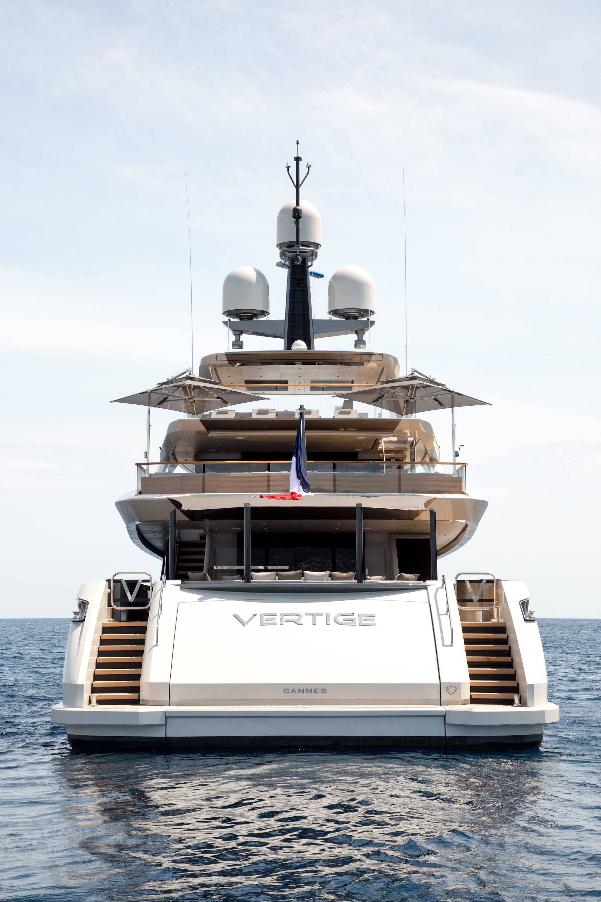 Stern Image Gallery Luxury Yacht Browser By
