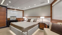 13 Mangusta 132 Yacht - Accommodation