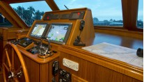 LYMAN MORSE Yacht EXCELLENCE -  Helm