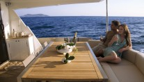 1-Aboard-the-motor-yacht-78-FLY