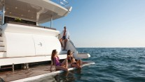 1-Azimut 80 superyacht - Bathing Platform