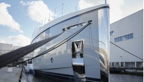 1-Feadship Hull 692 - fron view