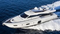 1-Ferretti 750 Yacht at full speed