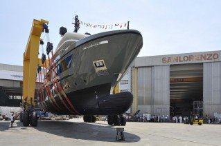1-First Sanlorenzo explorer yacht 460EXP at launch.JPG