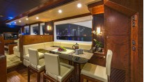 1-Majesty 70 Yacht - Dining Area