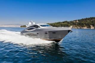 1-Numarine 70 HT Yacht at full speed