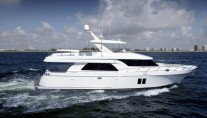 1-OA 72 Pilothouse Yacht at full speed