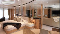 1-Predator Yacht - Owners Stateroom