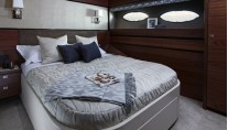 1-Princess 88 Yacht - Starboard Guest Cabin