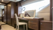 1-Princess S72 Yacht - Owners Dressing Table