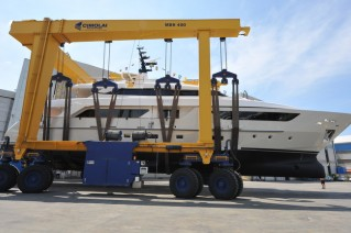 1-SD122 superyacht Therapy at launch.JPG