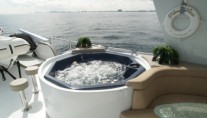102 Azimut Sundeck Spa Pool